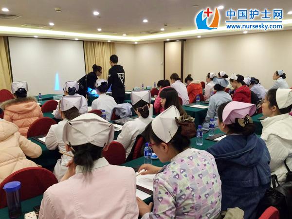 2016年3月基地杏彩娱乐平台手机版下载参加新加坡公立医院面试报道